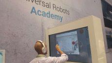 Universal Robots Academy, programmare con un clic