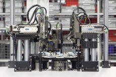 Sistemi di presa per l'assemblaggio meccatronico