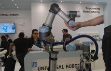"""Universal Robots """"si fa in due"""" ed espone alle fiere Plast e Ipack-Ima a FieraMilano"""