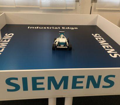 Con Industrial Edge, Siemens rivoluziona l'automazione industriale portando l'IT in fabbrica attraverso l'edge computing.